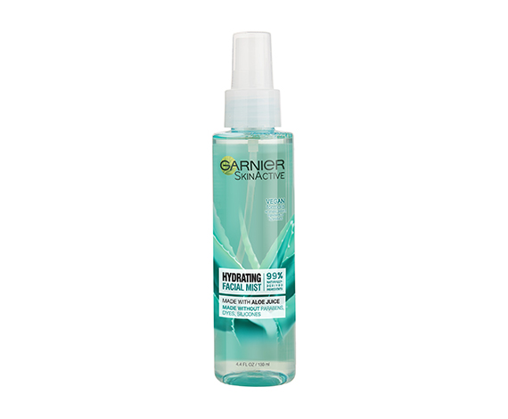 Garnier SkinActive Hydrating Facial Mist with Aloe Juice