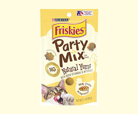 Purina® Friskies® Party Mix Natural Yums With Real Chicken Cat Treats