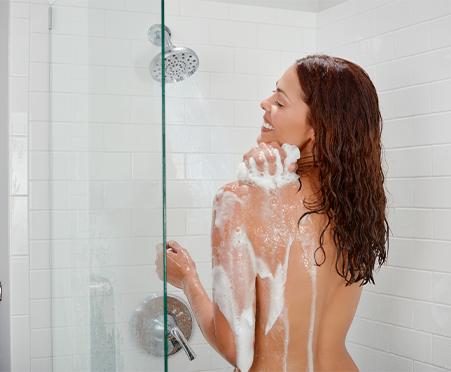 NEW NIVEA Refreshing Body Wash Basil & White Tea