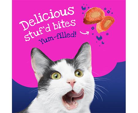 Friskies® Stuf'D + Sauc'D Kick'n with Chicken + Dripp'n in Gravy