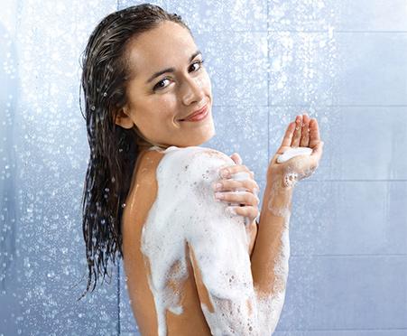 NEW NIVEA® Care & Cucumber Moisturizing Body Wash